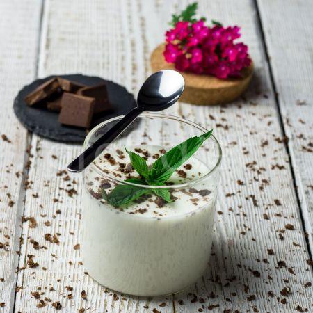 Jogurtový dezert stracciatella