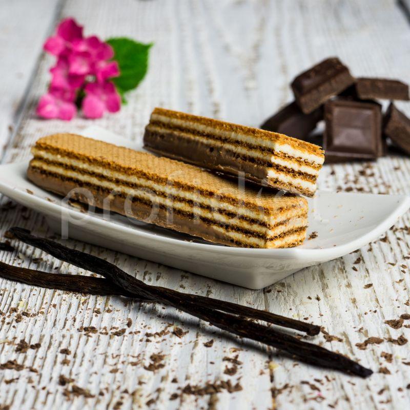 Vafle s príchuťou vanilky s mliečnou čokoládovou polevou