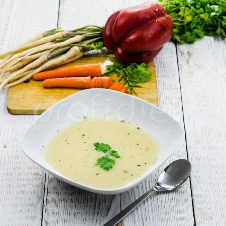 Záhradná zeleninová polievka